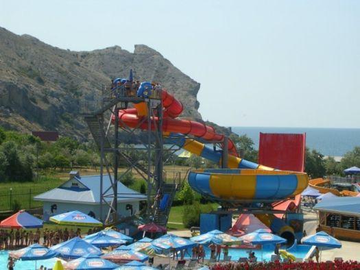 Аквапарк Судака принимает своих гостей с 2003 г