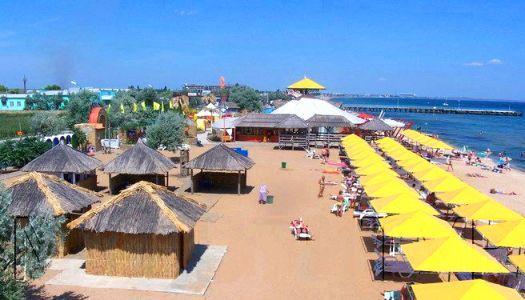 ''Club 117'' - крупнейший развлекательный центр с частным пляжем