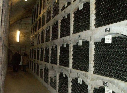Коктебель - одно из крупнейших винодельческих предприятий Крыма