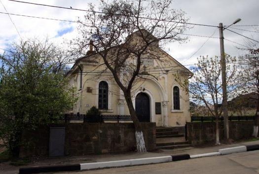 Лютеранская кирха была вовзедена в конце 19 в.