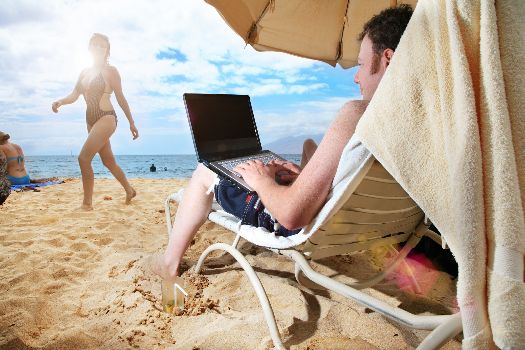 Мобильный интернет даст Вам возможность подключиться к сети практически в любом месте полуострова
