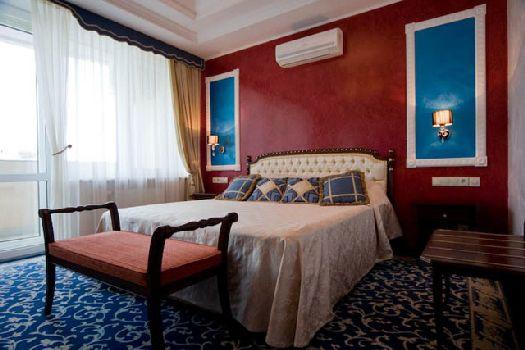 Двухкомнатный люкс в отеле ''Агора''