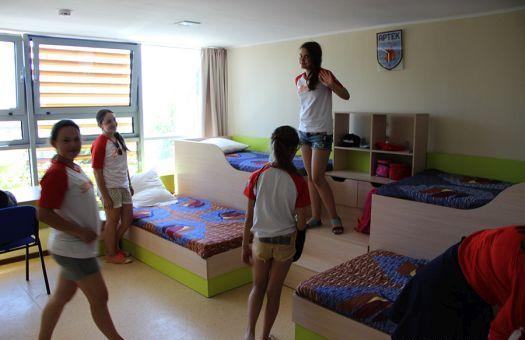 После ремонта спальные комнаты в Артеке стали еще уютнее