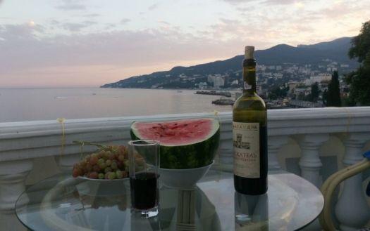 Попробовав настоящее крымское вино, вы не останетесь равнодушным к этому благородному напитку
