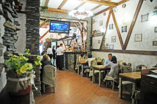 В Севастополе много заведений с приятным интерьером и вкусной кухней