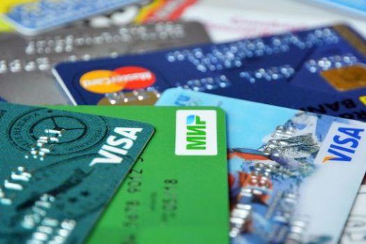 На крымском полуострове работают Visa, MasterCard, ПРО100 и МИР