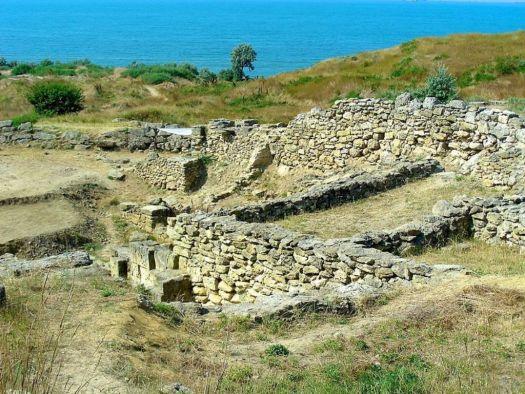 Нимфей - останки древнегреческого города
