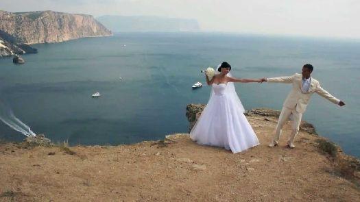 Свадебные фотосессии, сделанные в Крыму, навсегда останутся у Вас в сердцах!