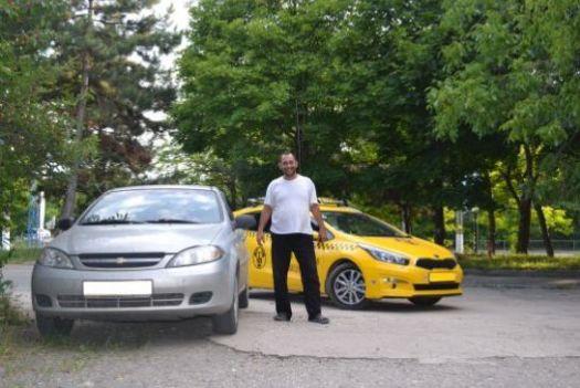 Надежнее ездить на такси зарегистрированных компаний