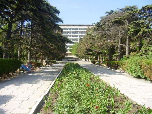 Корпус военного санатория в Судаке